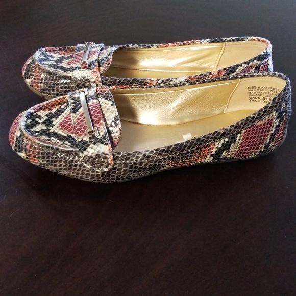 84ce45cbd Bandolino Shoes - BANDOLINO Flats from Macys